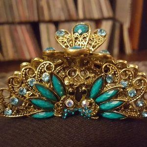Ornate hair clip